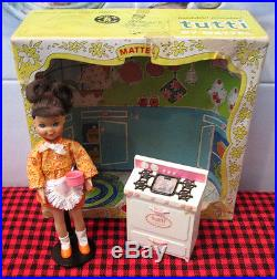 EXTREMELY RARE1967 BarbieTUTTICOOKIN`GOODIESCOMPLETE BOXED SET3559NoCello