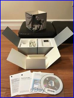 Extremely Rare Apple iPod 1st Generation Working Collection. All original boxes