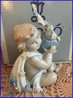 Lladro 6831 A New Beginning Original Grey Box with Sleeve! Mint Condition! Rare