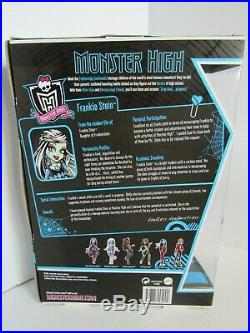 Monster High 1st Wave Original Doll Frankie Stein with Pet MIB New in Box RARE