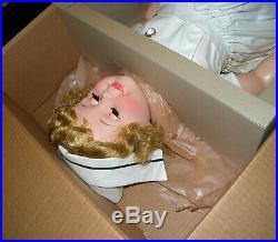 NEW IN BOX Rare Vintage Madame Alexander Original Nurse Joanie Doll 36 LOOK