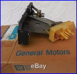 NOS 75-81 Camaro + Z28 dash AC & HEATER CONTROL rare new original in old GM box