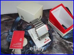 Nixon The Metal Dork'Dorkus Metallicus' Original Box, Stand & Manual Very Rare