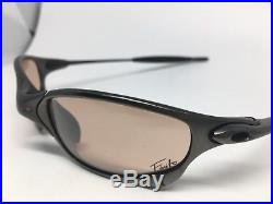 Oakley X Metal Juliet Limited Edition Finito Carbon/VR50 withoriginal box. Rare