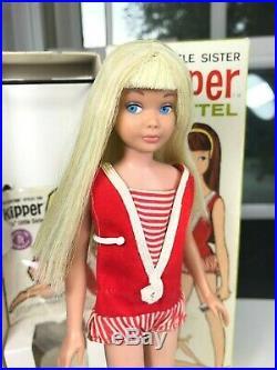 RARE Near Mint Platinum Blonde Skipper with BOX, accessories