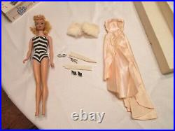 Rare vintage 1959 blond Barbie with box and accessories #4