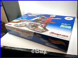 Snap On Hot Wheels Tune Up Shop with RARE Cars UNOPENED with Original Outer Box