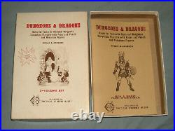 THE ORIGINAL TSR DUNGEONS AND DRAGONS WHITE BOX SET (VERY RARE and NR MINT-!)